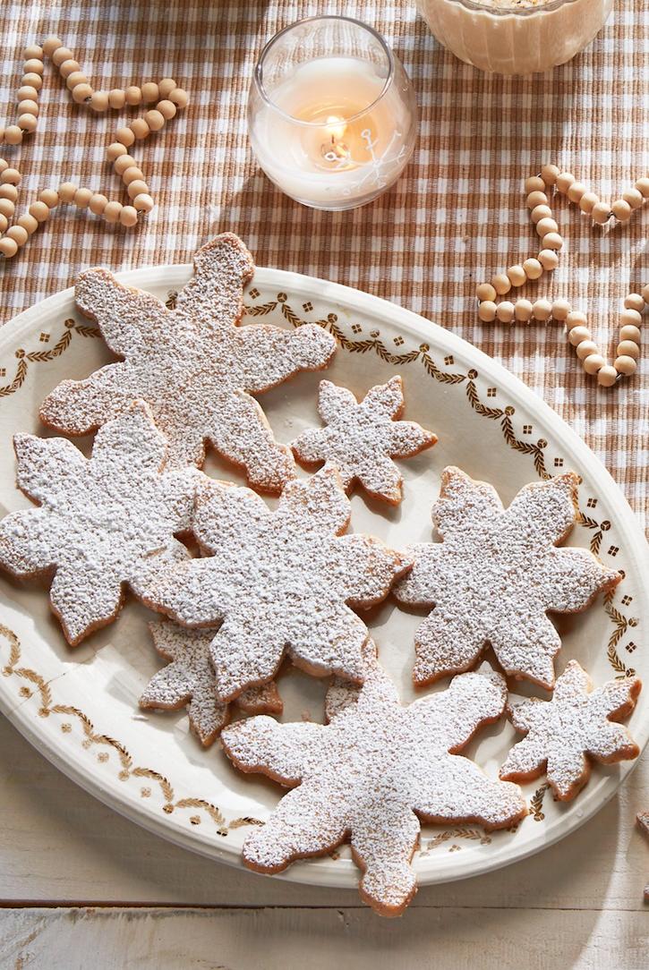 Pecan Snowflake Cookies | Recipe | Christmas sugar cookies, Best christmas cookies, Holiday desserts