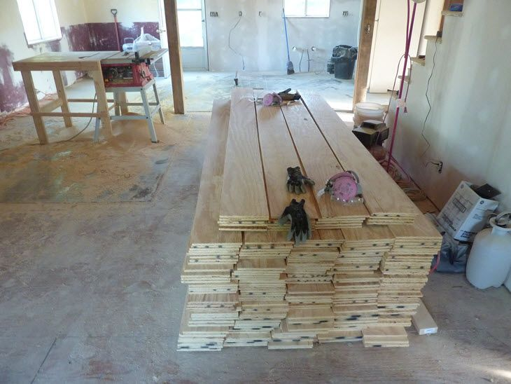 Ripping The Plywood Floor Planks With The Table Saw For