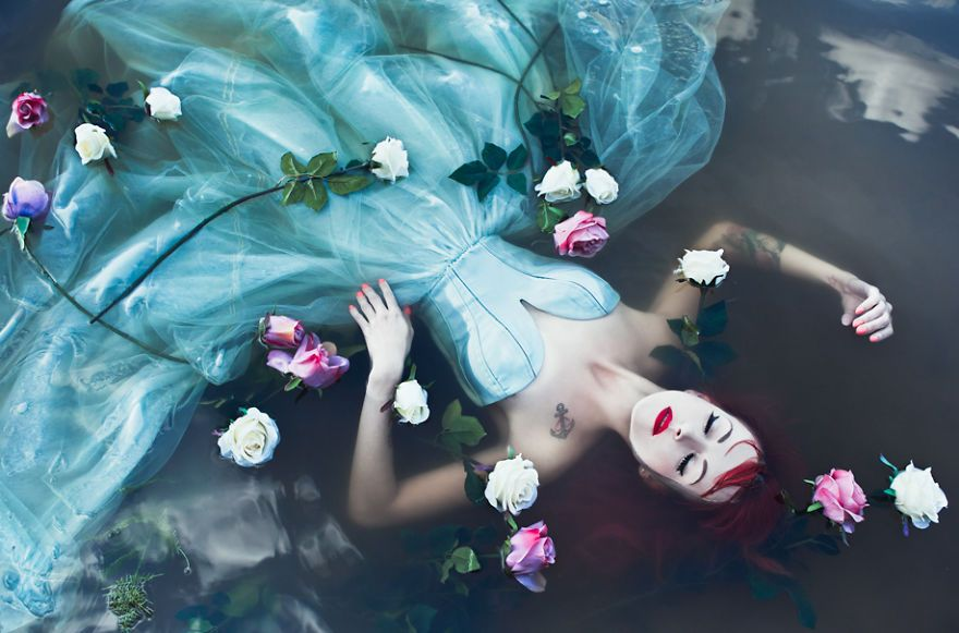 Natureza e mitos nas fotos de Karolina Ryvolova