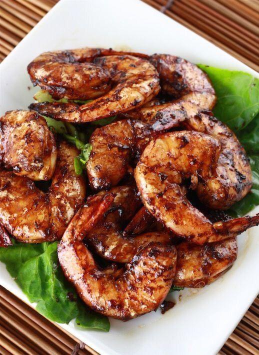روبيان مشوي المقادير روبيان ٤ ملاعق صويا صوص ٢عصير ليمون ٥ ملاعق زيت زيتون فلفل اسود ك Tamarind Recipes Tamarind Shrimp Recipes Cooking Recipes