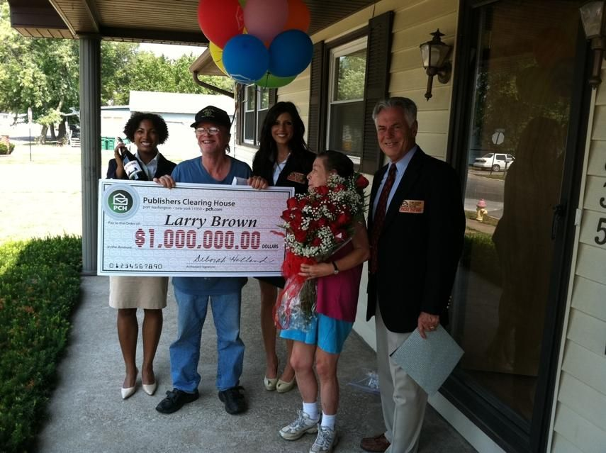 Larry Brown and PCH Goodwill Ambassador Natalie B. and Danielle Lam and Dave .... And Mrs. Brown (Smiles)