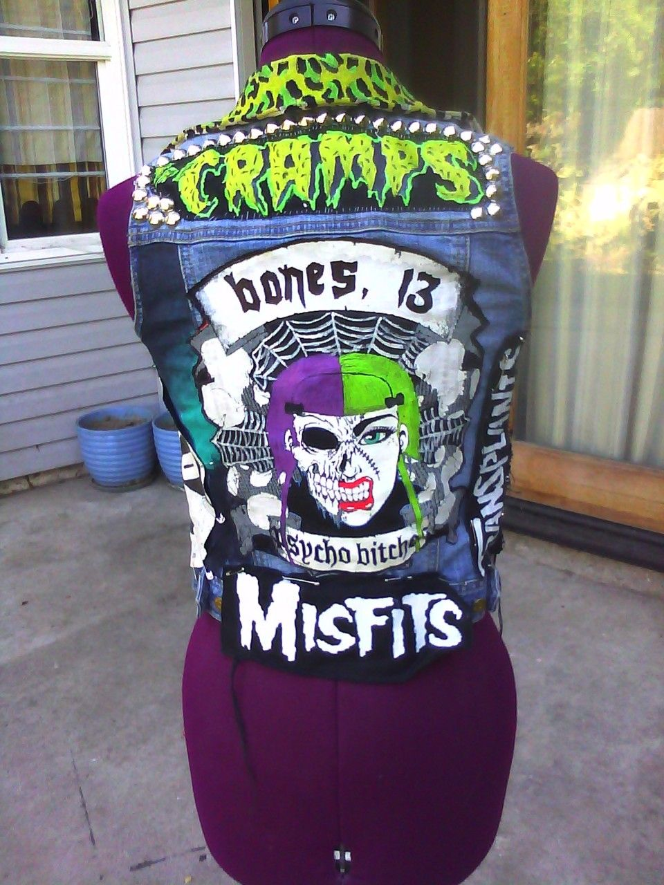 Psycho Bitch, The Cramps, The Misfits, bones 13, punk vest