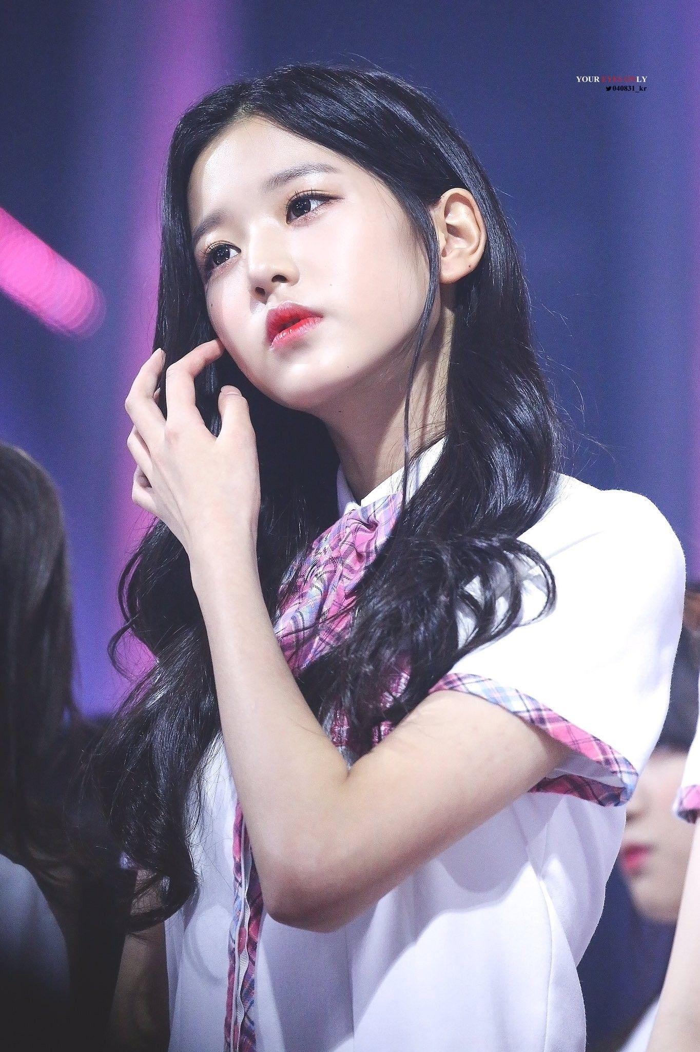 Izone Produce48 Wonyoung Wanita Kecantikan Kim