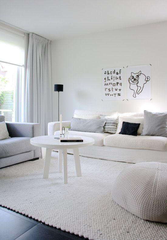 Donkere vloer grijze gordijnen  Ideen voor het huis in