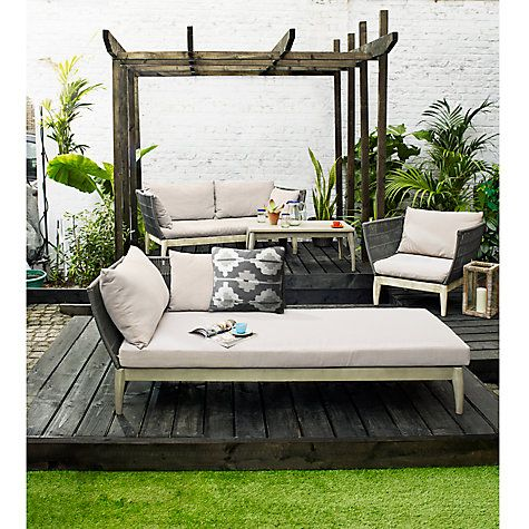 Ariel Outdoor Furniture