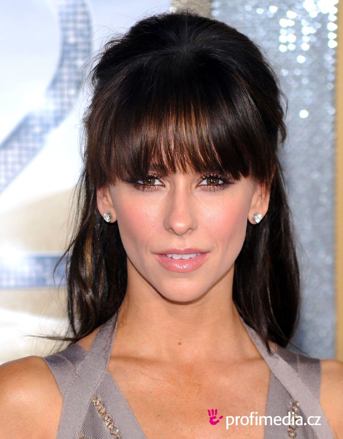 Jennifer Love Hewitt Hairstyle Easyhairstyler Jennifer Love