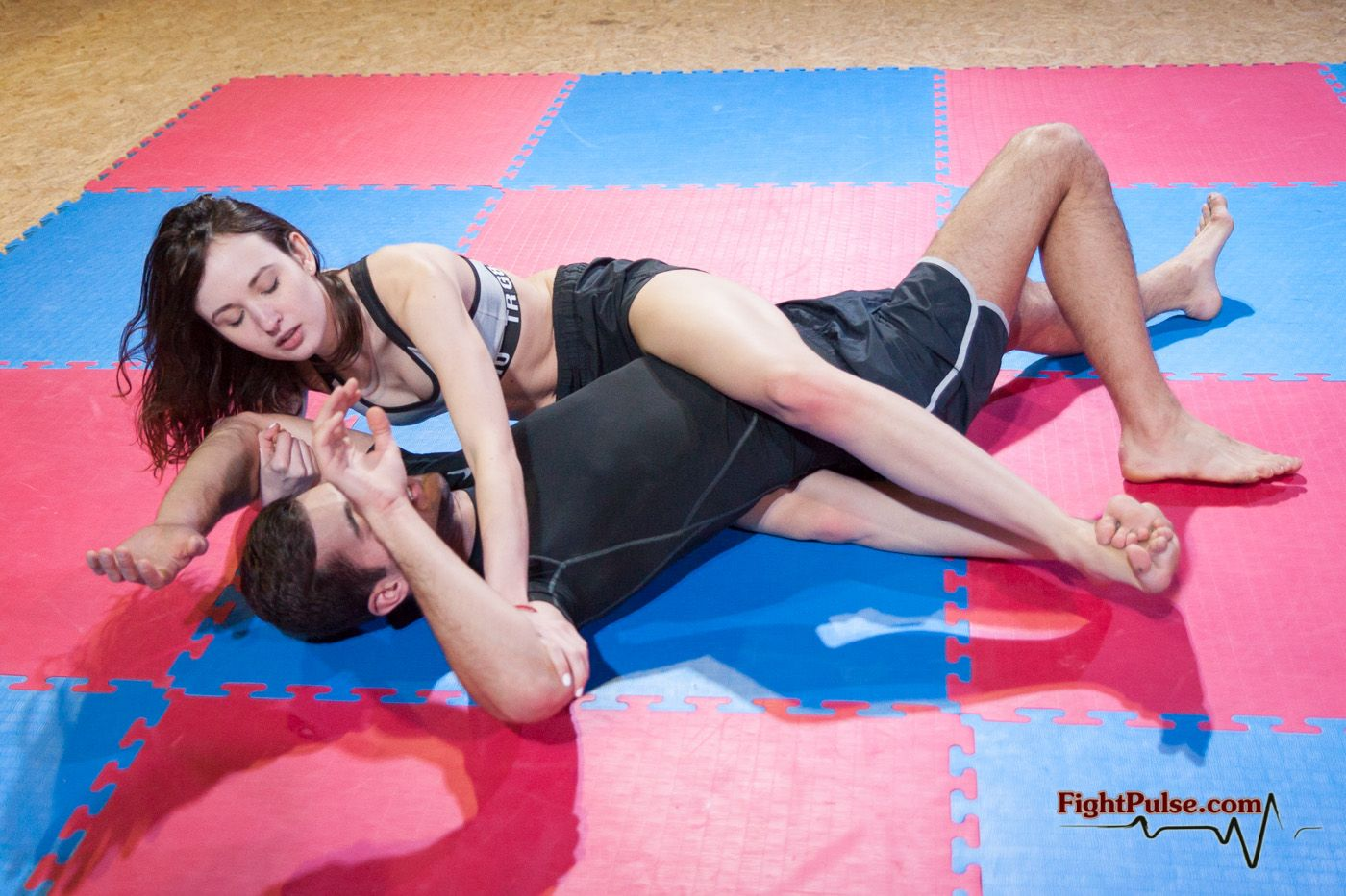 NC-19: Miss M vs Steve | scissorholds | Mixed wrestling, Wrestling
