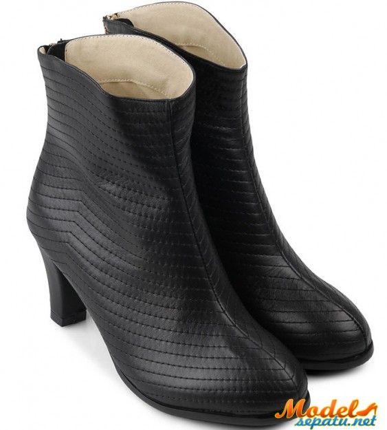 Sepatu Boot Wanita Pesta Aksen Menarik Model Sepatu Sepatu