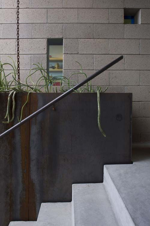 concrete-stairs-railing | Concrete stairs, Outdoor stair ...