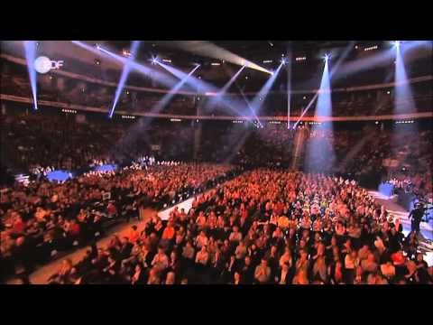 David Garrett - Viva La Vida/Sandstorm/He's A Pirate (LIVE) (Music Tour 2012) - YouTube