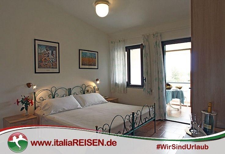 Italien Schlafzimmer ~ Webcode: id vico schlafzimmer sardinien italien urlaub reisen