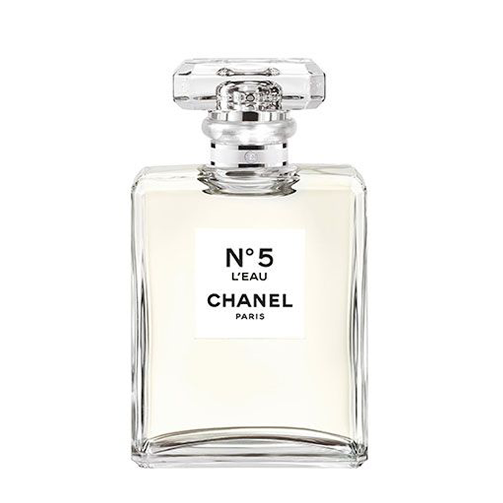 31 Fragrances Our Beauty Editors Are Obsessed With Perfume Chanel Perfume Romantic Perfume