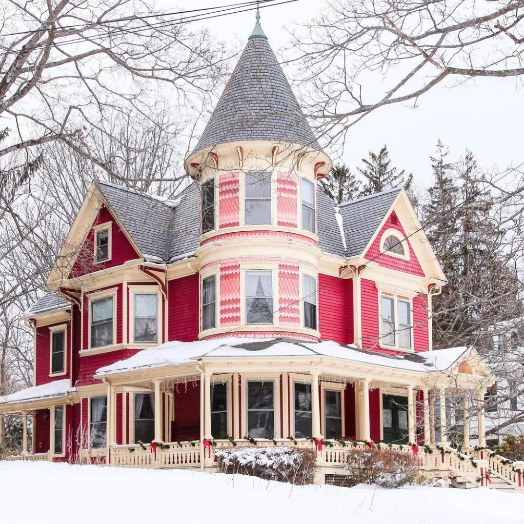 """Historical Homes America on Instagram """"Pink Queen Anne style Victorian in Dover New Hampshire photo by sincerelymollym house home victorian victorianhouse goodmorning…"""""""