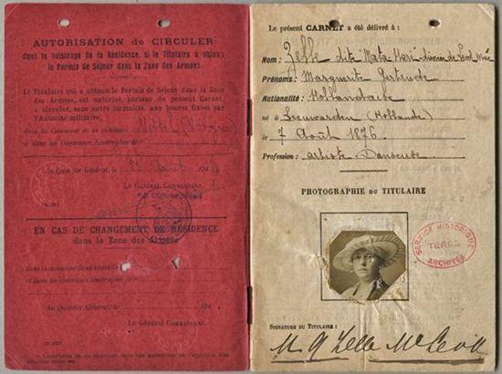 Mata Hari S Passport Con Imagenes Mata Hari Marie Curie Einstein