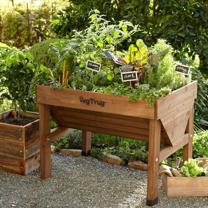 Affordable Backyard Vegetable Garden Designs Ideas 55: Simple Planter Box Signs Make Identifying Garden Crops A