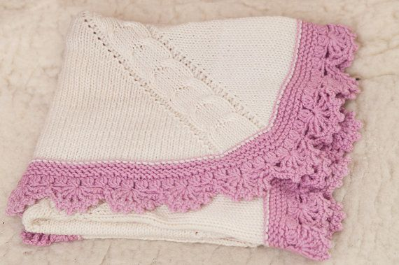 Hand knitted soft and warm blanket for baby/Baby wool blanket - Unique gift for baby.