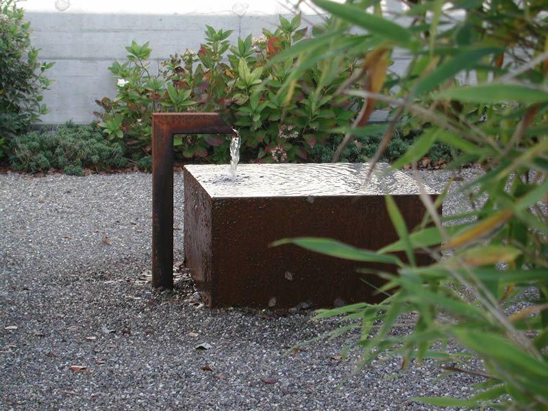 Brunnen im Garten: Stahltrog | Brunnen | Pinterest | Gardens
