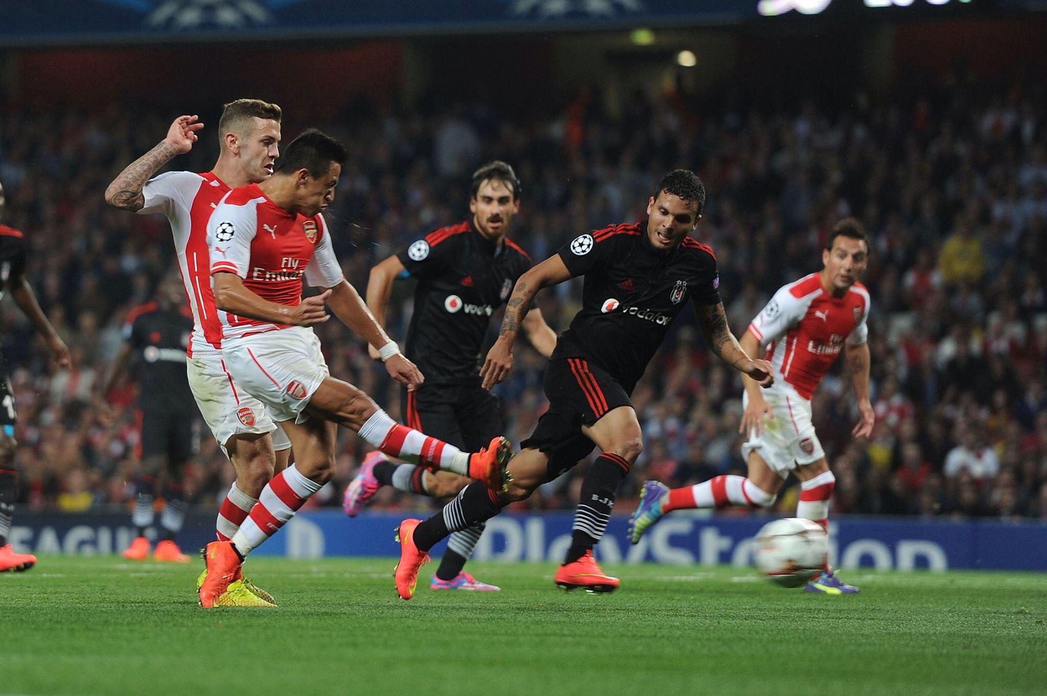 Arsenal 1 Besiktas 0 - Alexis scoring our 25 million goal!