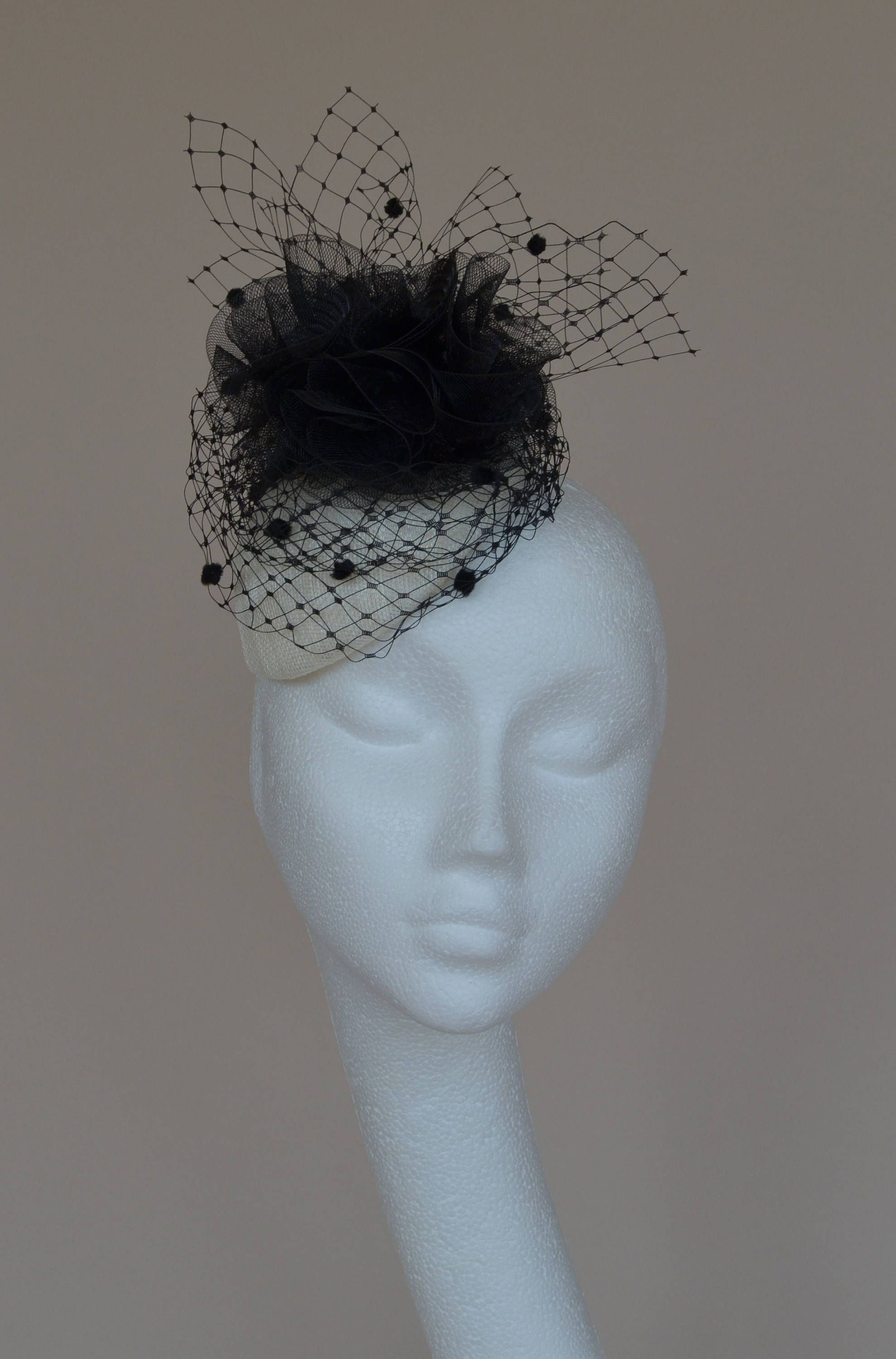 Black And Ivory Fascinator Wedding Hat Percher White Ascot Derby Tail By Jaracedesigns On Etsy