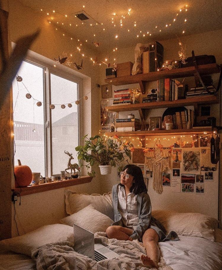 Aesthetic Fairy Lights | Bedroom Inspiration | CozyDecorShop.com #roominspo