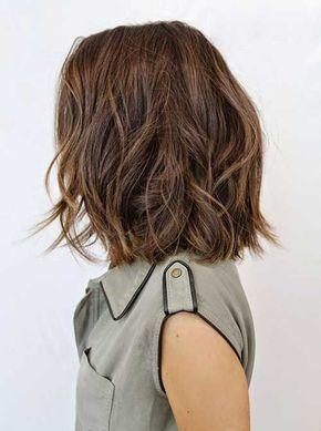 10 Bob Hairstyles For Thick Wavy Hair Http Www Short Haircut Com 10 Bob Hairstyles For Thick W Cabello De Longitud Medio Peinado Y Maquillaje Cabello Medio