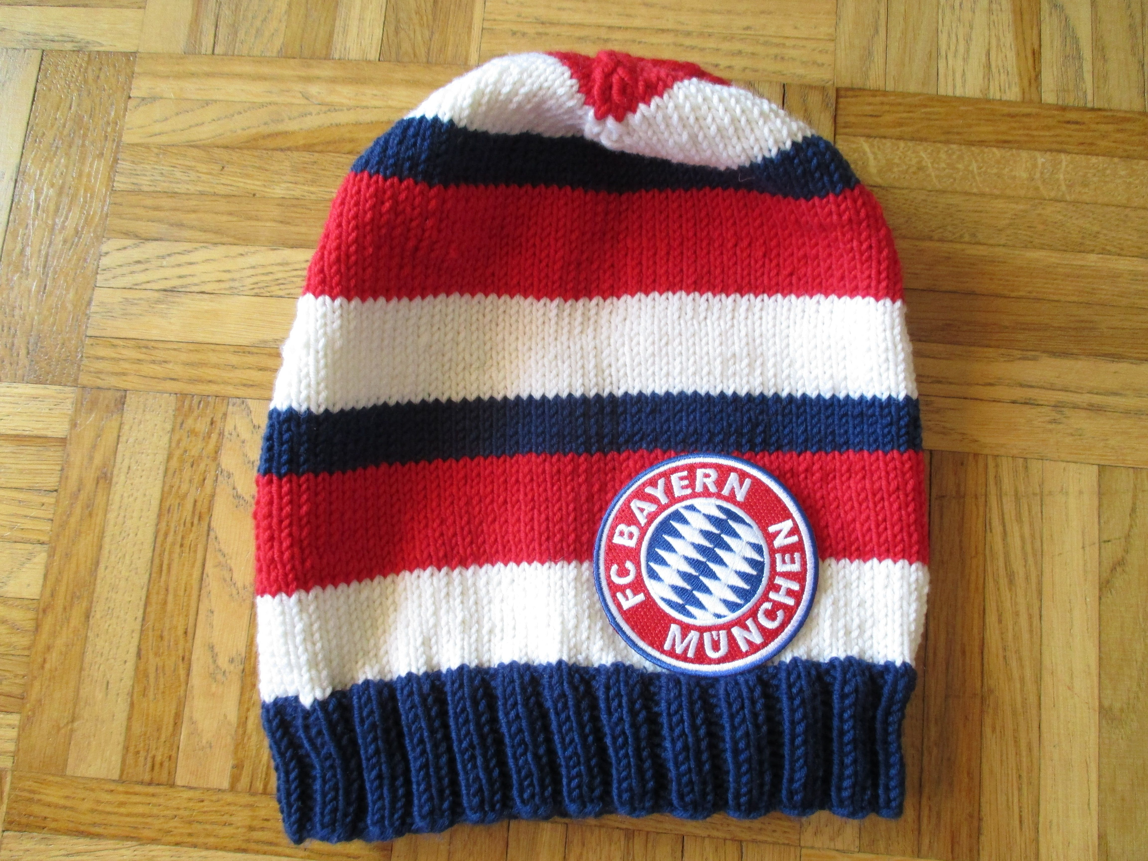 Knitting Fan Beanie Fc Bayern Munich Häkeln Pinterest Knitting