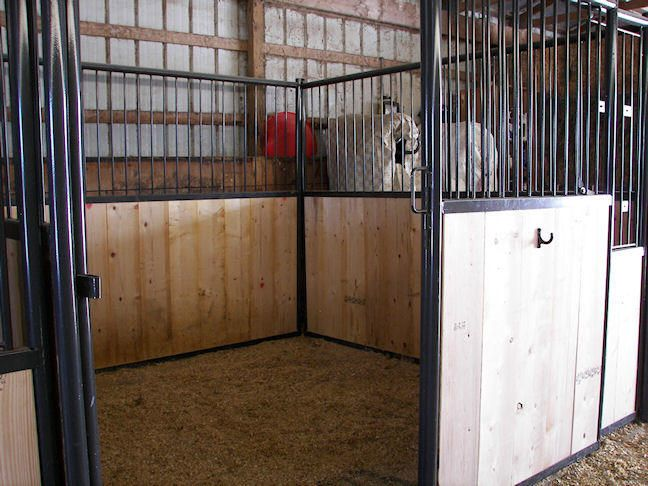 Inside Horse Barn view topic - faithful stables- a literate horse stable rp
