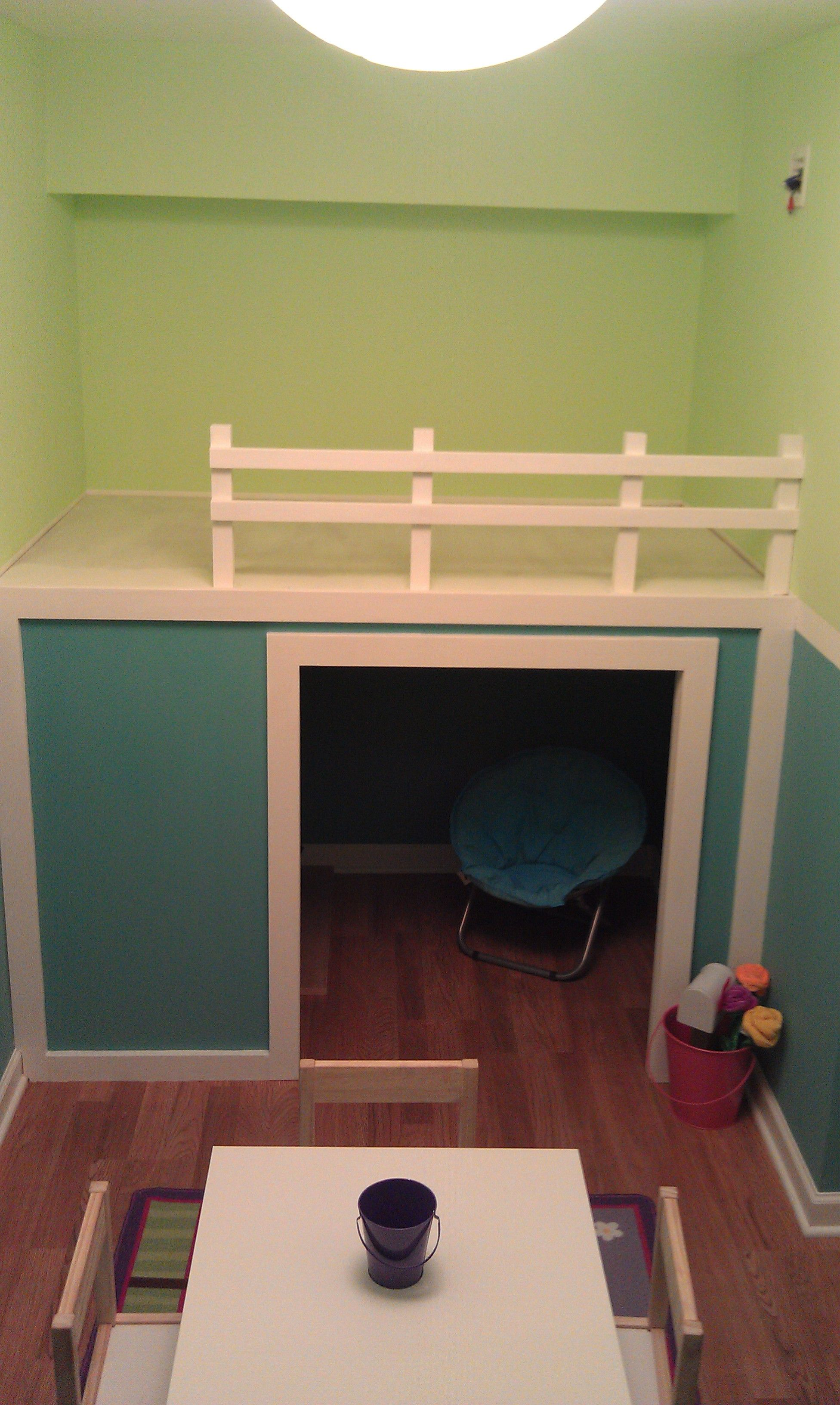 Playhouseloft bed in small playroom do it yourself home projects playhouseloft bed in small playroom diy projects solutioingenieria Images