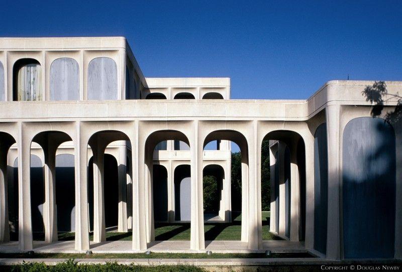 Modern Architecture Dallas architect philip johnson kentmere estate- dallas tx | modern