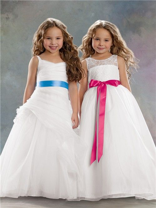 94b400e78ed A-line Princess Scoop Floor Length White Organza Lace Flower Girl Dress  With Sash Bow