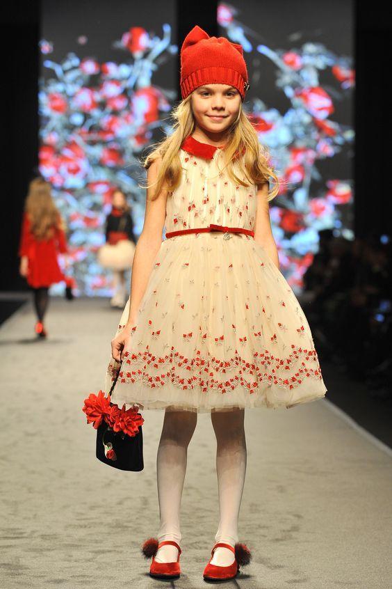 Модные платья для девочек 10 лет: 100+ фото самых красивых ...