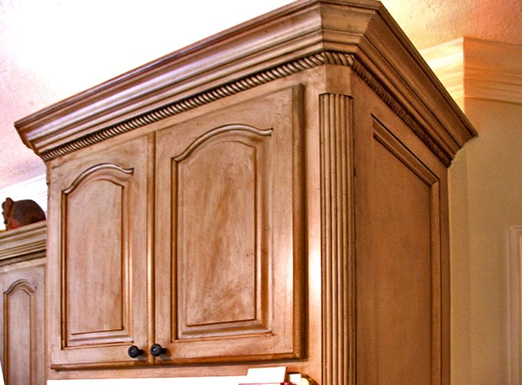 kitchen cabinets with moulding images - Google Search ...