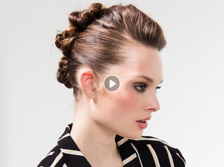 Vidéo : le chignon macaron rock | Chignon, Astuce cheveux, Macaron
