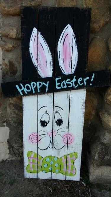 Pallet Easter Bunny | crafts | Easter, Easter art, Easter ...