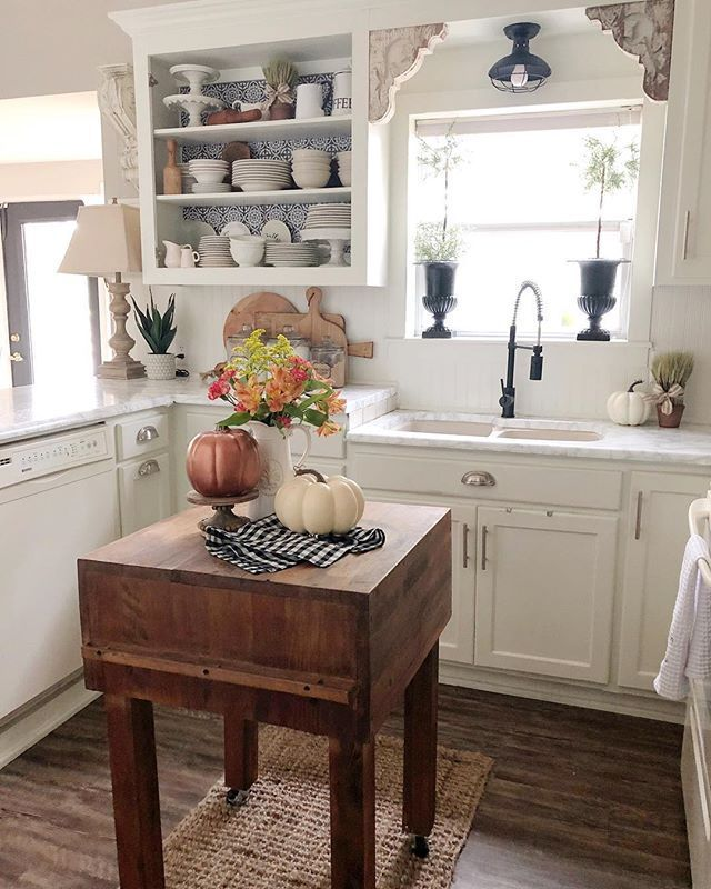 Kitchen Decor Black And White French Country Kitchen Decor Coffee Kitchen Decor Theme Sig In 2020 Rustic Farmhouse Kitchen Farmhouse Kitchen Decor Cottage Kitchens