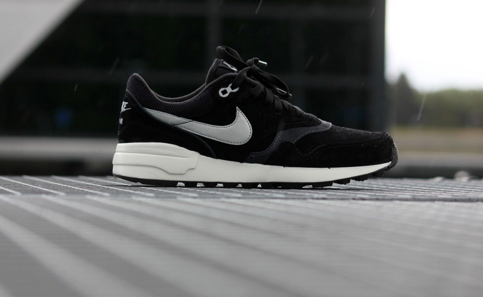 Nike Air Odyssey LTR Black/ Night Silver Anthracite 684773 005