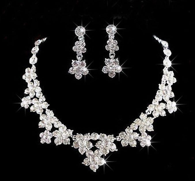 NEU Edel Braut Schmuckset Halskette Ohrringe Ohrstecker Strass Blume Zirkonia | eBay