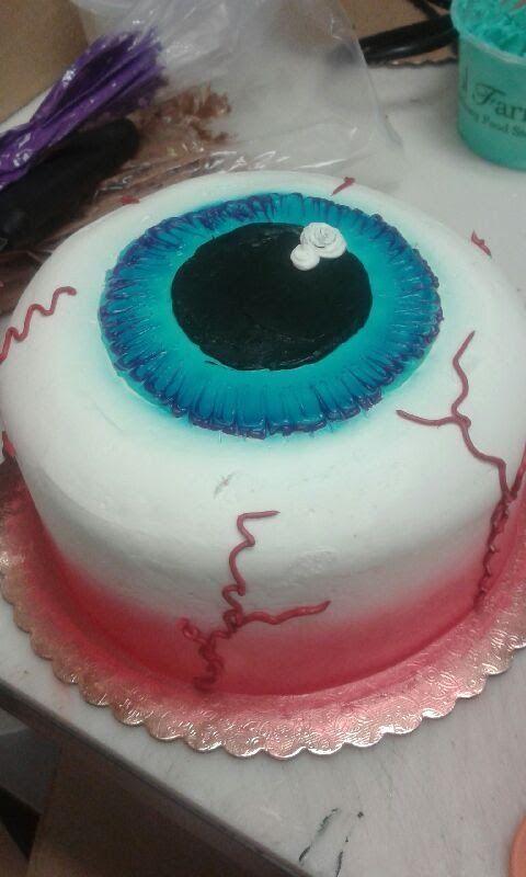 Eyeball Cake- Halloween- Cake Decorating Halloween Food - decorating halloween cakes