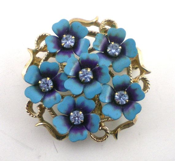 Avon  Flower Brooch Pin Enamel Pendant Vintage Spring by paleorama,