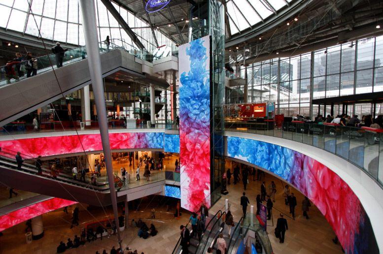 les quatre temps grand magasin comme fashion square scottsdale market mall pinterest. Black Bedroom Furniture Sets. Home Design Ideas