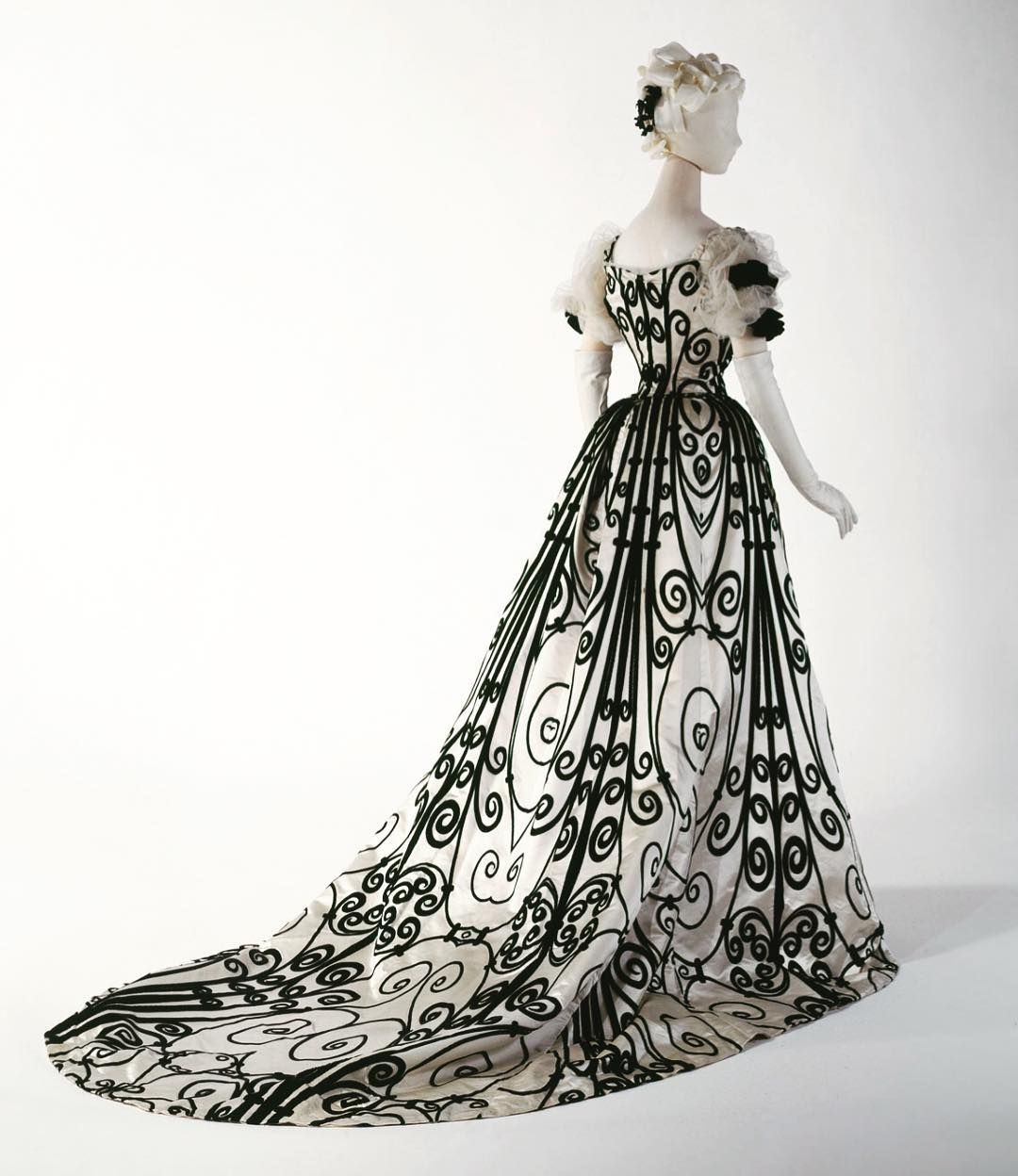 Misfit Prom Dresses
