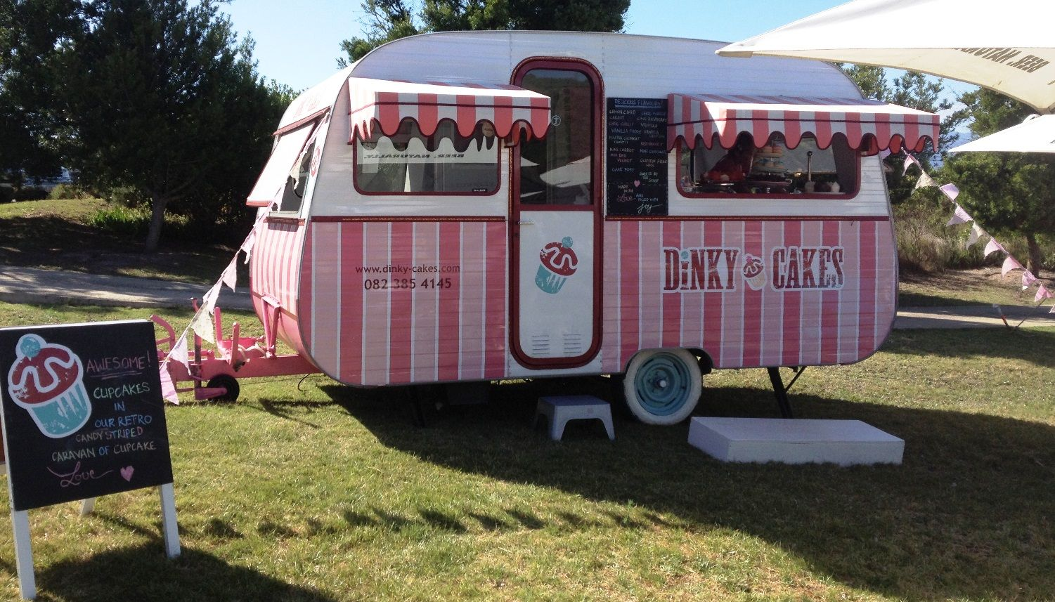 Dinky cakes our retro candy striped caravan of cupcake