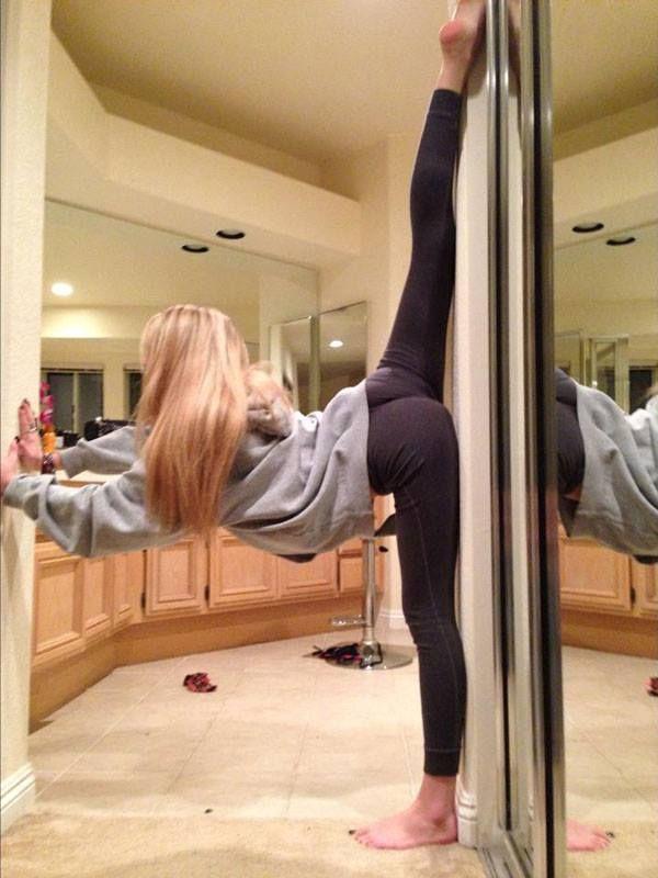 Hot Woman Doing Yoga : woman, doing, Smiles????