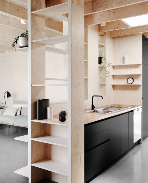 Rob Kennon Uses Wood And Greyscale Colours As A Driving Force In Lee S House