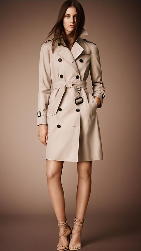 fd0fad6f4e1 Burberry Honey The Westminster - Long Heritage Trench Coat - A classic fit trench  coat,