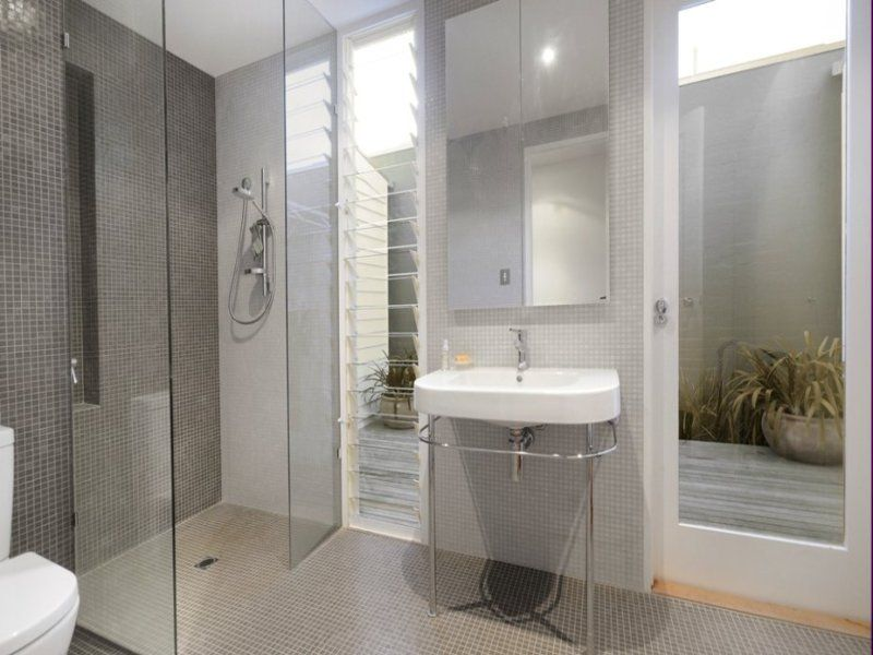 Ensuite Bathroom Without Window windows next to mirror and small courtyard off ensuite | bathroom