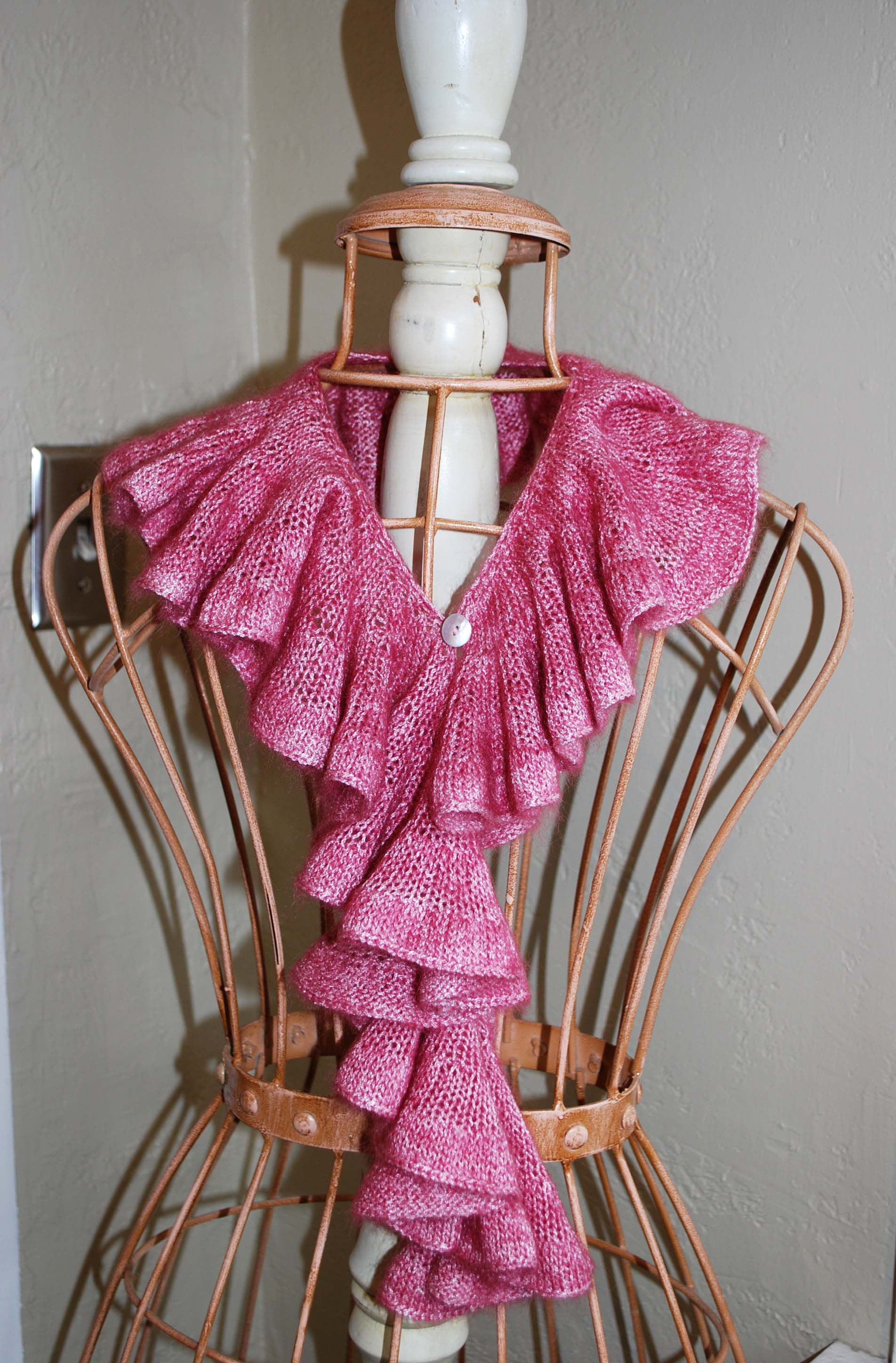 Romantic Ruffle Scarf | Scarves, Free pattern and Crochet