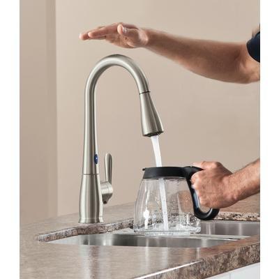 Moen Haysfield Motionsense 1 Handle Pulldown Kitchen Faucet With Matching Soap Dispenser Spot Kitchen Faucet Touchless Kitchen Faucet Kitchen Faucet Design