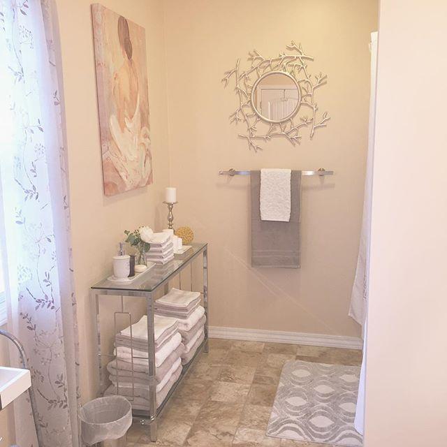 Log In Instagram Small Bathroom Design Bathroom Design Interior Decorating