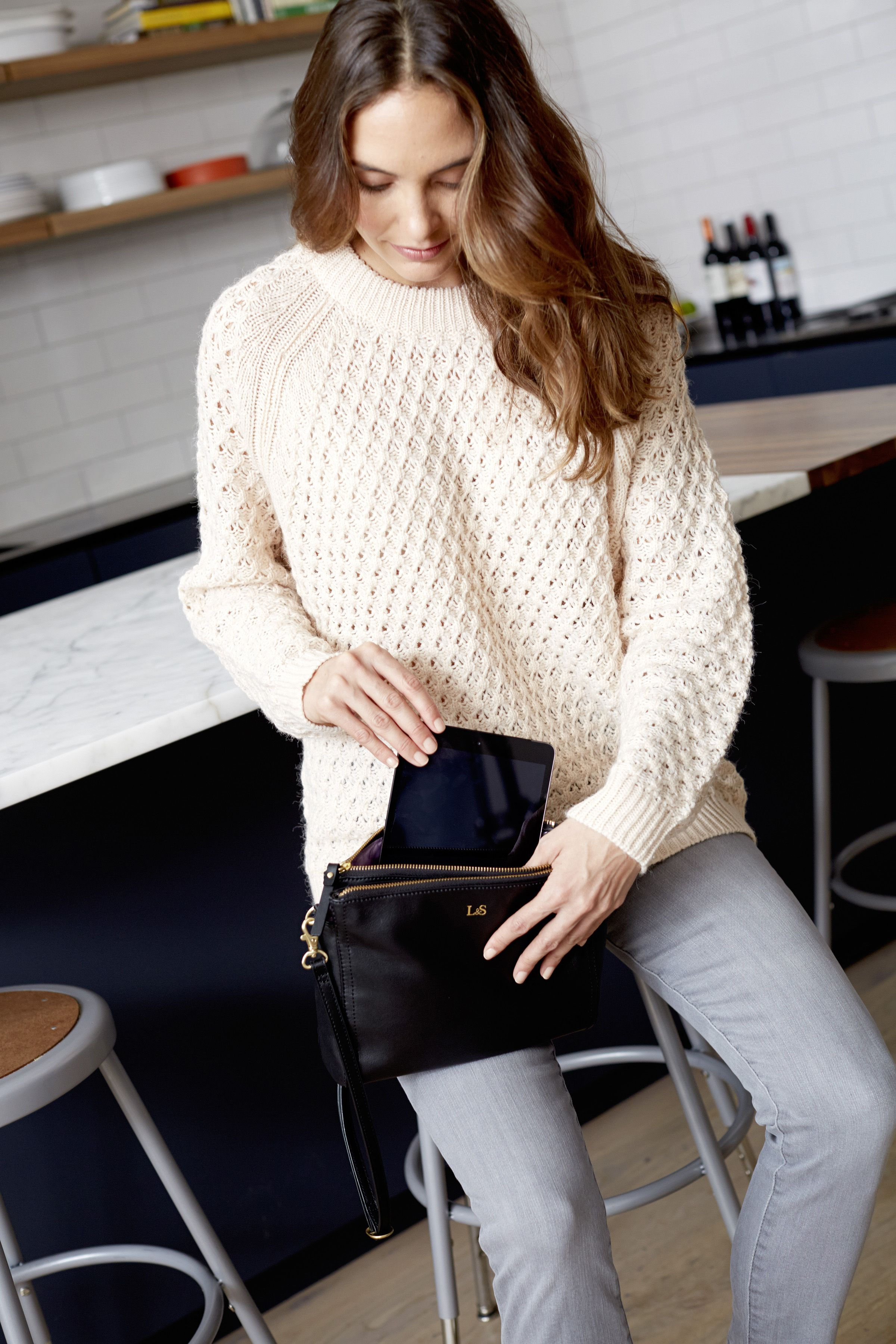 Lo & Sons - The Pearl - Leather Crossbody Bag. Designed to fit a mini-tablet and all your travel or everyday essentials.